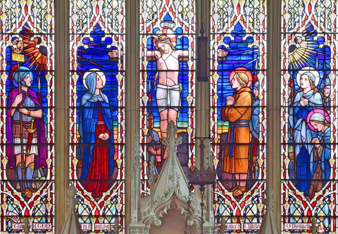 Christ-pierced-crucifixion